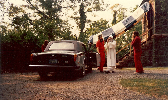 1981 Chidvilas - Osho's first car ride in the USA