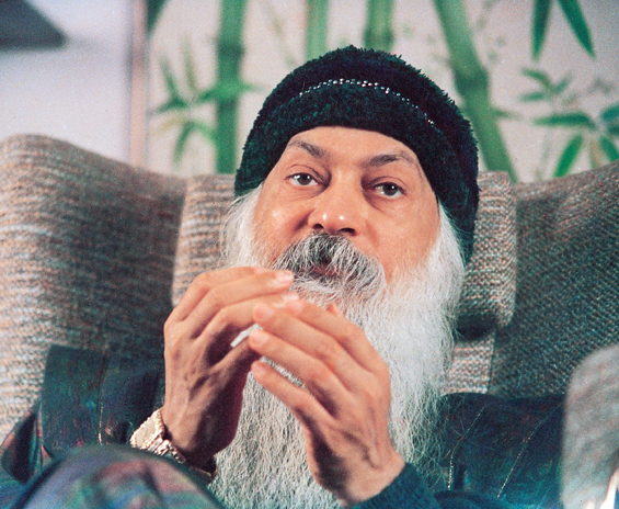 Osho speaking in Sumila Mumbai