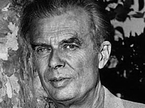 aldous huxley essays online Though aldous huxley gained popularity from his novels and essays, he started his writing career as a poet jonah, his second compilation of poetry, is a collection of twelve poems (four of which are written in french.