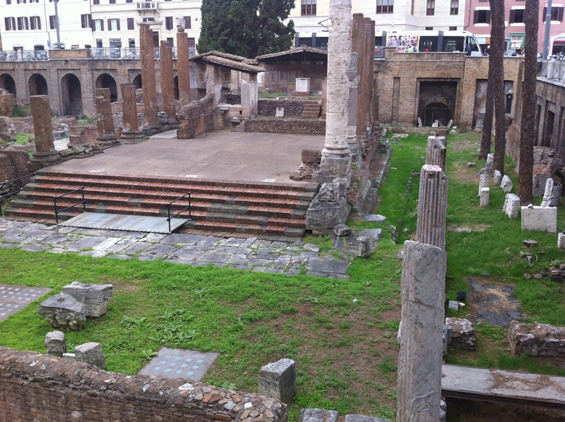 Teatro Pompeii makes this ruined city