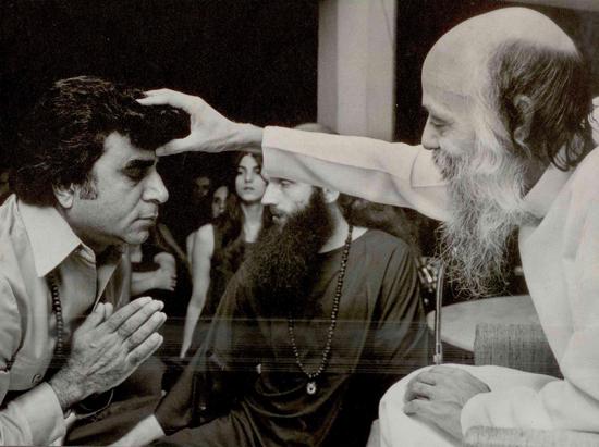 Anand Dwarka taking sannyas
