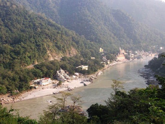 High above Laxman Jhula