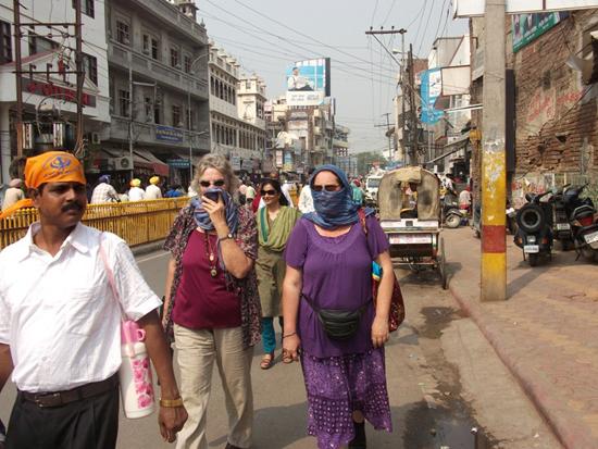 Shahido and Zahira braving the roads in Amritsar
