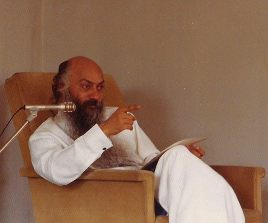 Osho in discourse on Lao Tzu terrace