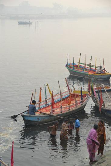 060 maya arslanova river boats