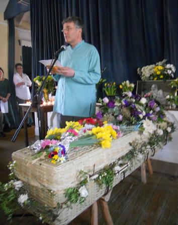 140 Chetan with Diana's casket