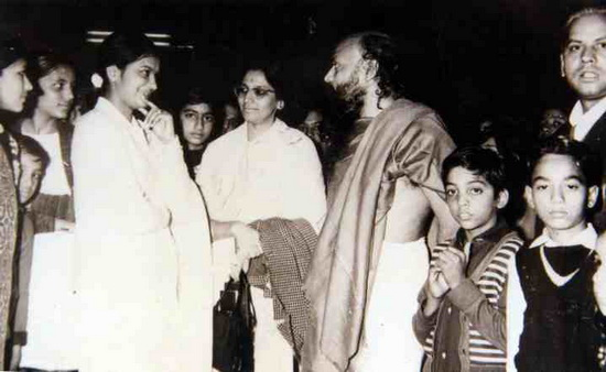 Osho with devotees