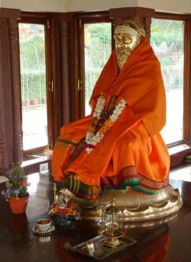 Chinmayananda's samadhi at Tapovan Ashram, Siddhbari, HP