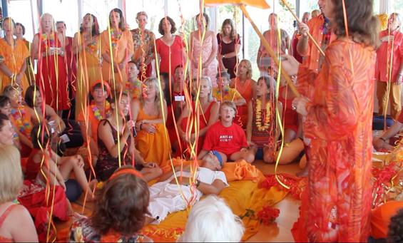 Chanting Om Triambakam for Miten