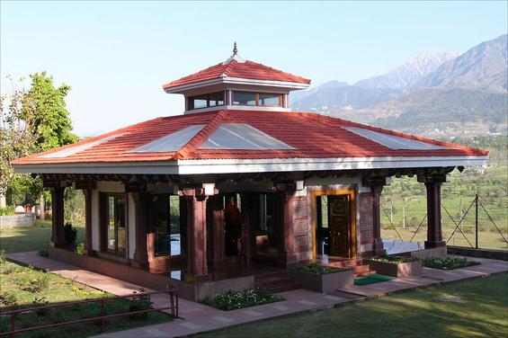 Chinmayananda's samadhi, Tapovan Ashram, Siddhbari, HP