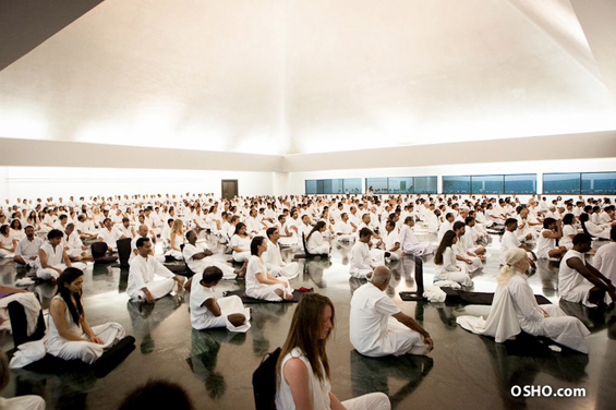 Osho Meditation Resort - Auditorium White Robe