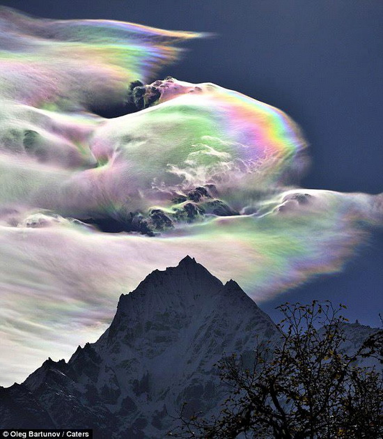 Rainbow over Everest