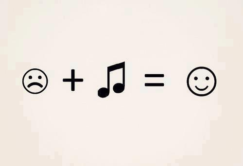 smilie smiles with music