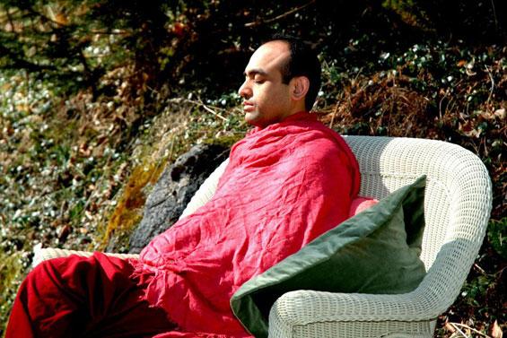 Watch the gap 2007 participant meditating