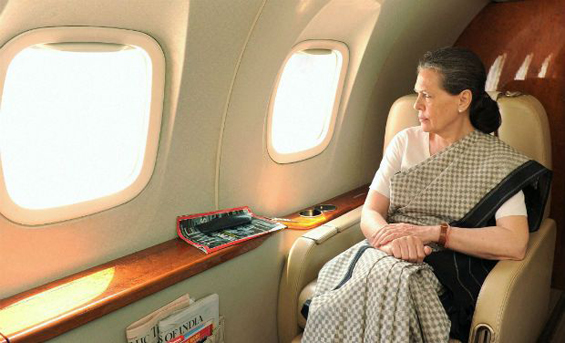 Sonia Gandhi makes a sophisticated aerial survey of disaster that hit Uttarakhand