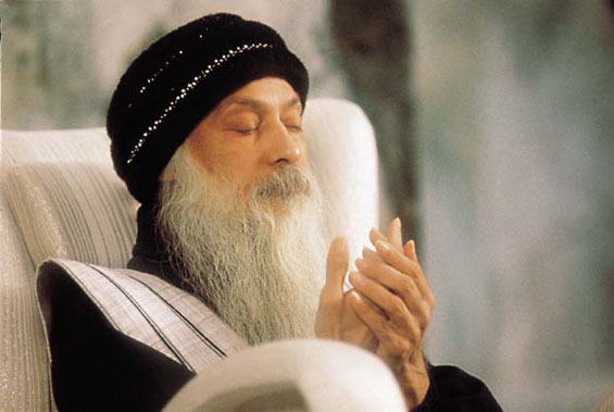Osho meditating with us