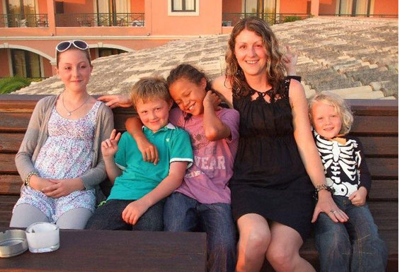 Rajen with daughter and grandchildren