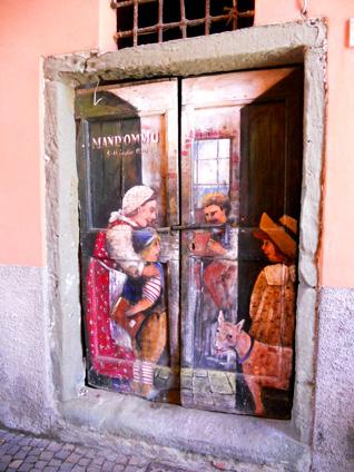 150-doorway-cello