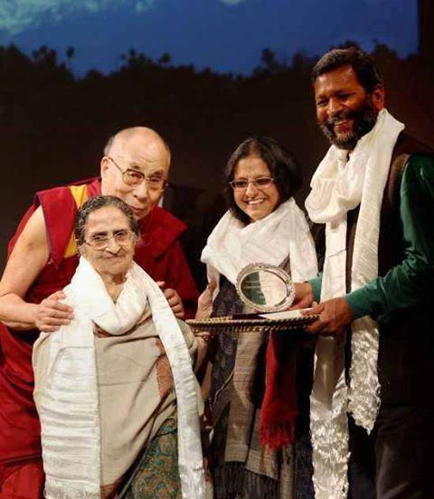 Rashmi and Rajnish with Dalai Lamai