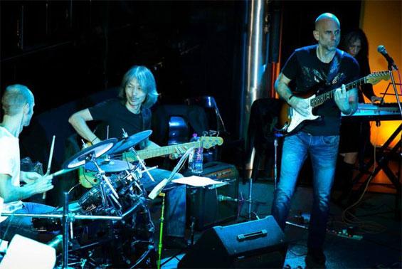 Khalid on drums, Satgyan on bass, Arjun on lead guitar, Nisimo on keyboard