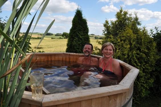 058 hot tub 1