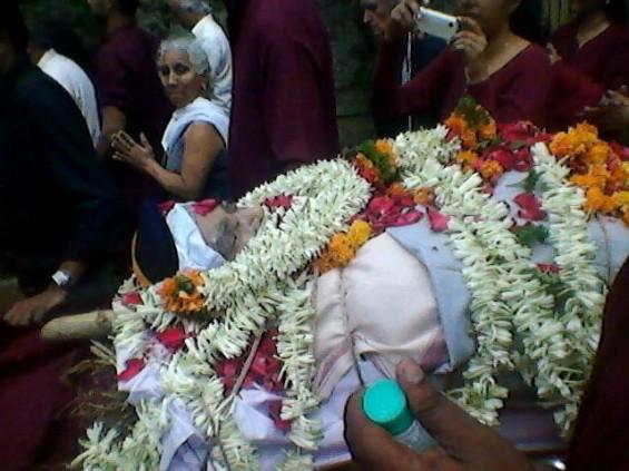 Swabhav taken to the burning ghats