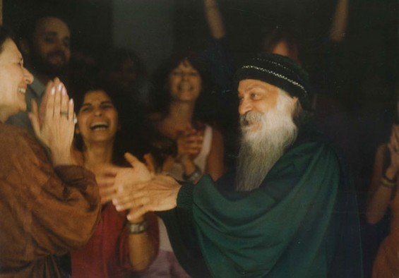 Osho dancing with Hasya in Portugal