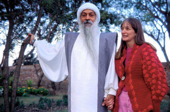 Osho with Nirvano in Manali