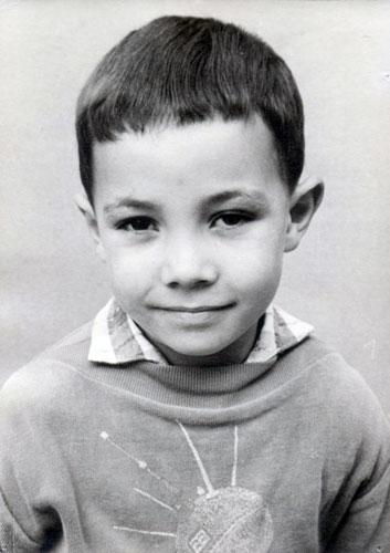 010-Mahakavi-small-boy