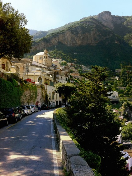 The road into Positano.