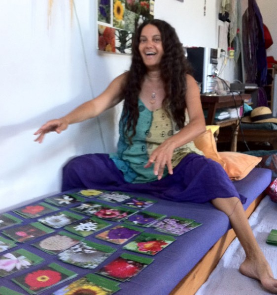 Sambhavya-playing-with-the-cards