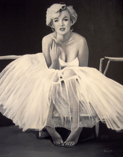 marilyn-monroe-in-white-veiled-dress