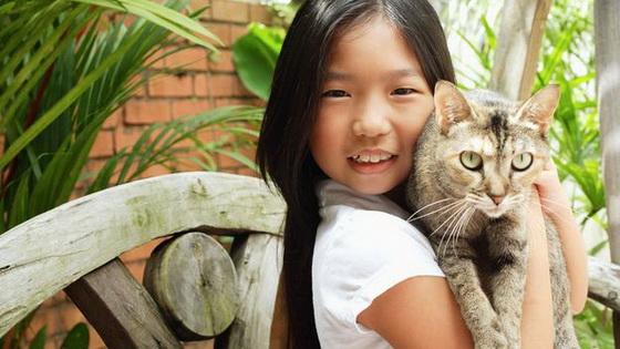 She got the cat lah