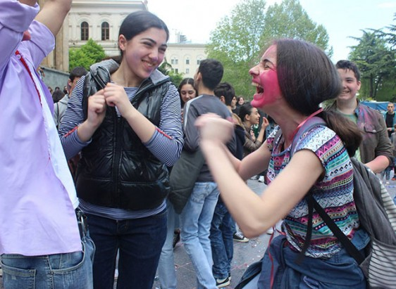 Laughter-Carnival-in-Tbilisi-4