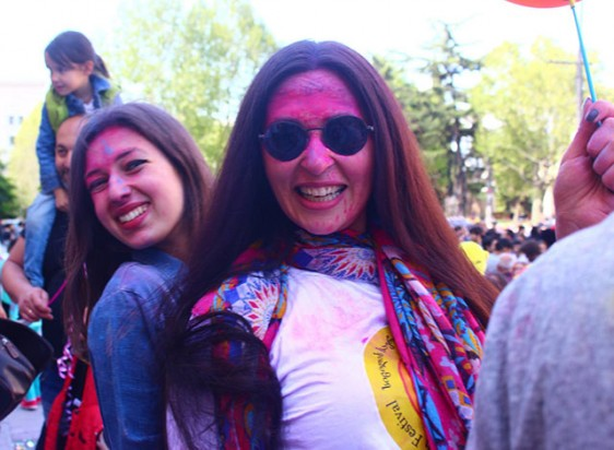 Laughter-carnival-in-Tbilisi-8