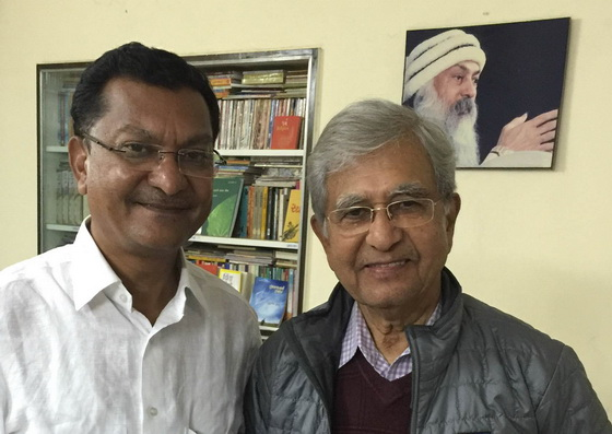 VC Dr. Thakar and Satya Vedant