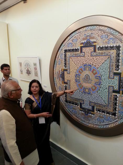 Pratiksha showing painting