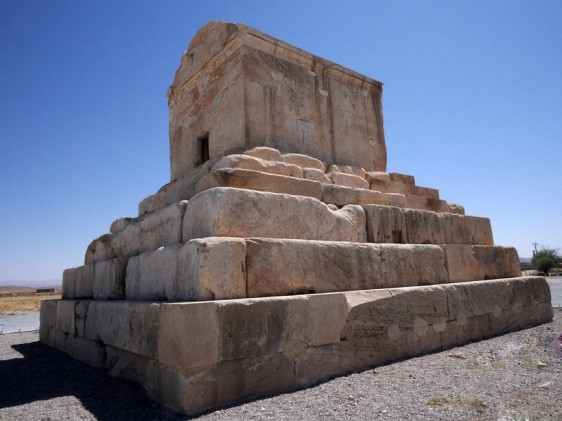 Pasargad, the first capital of the Achæmenids – with the tomb of Cyrus the Great
