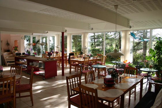 085 dining-room