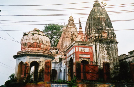 60 Haridwar ancient downtown temple