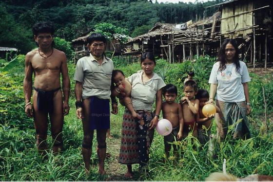 Nomadic family group