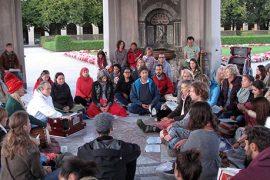 Public Meditation Munich