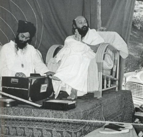 Osho with musician