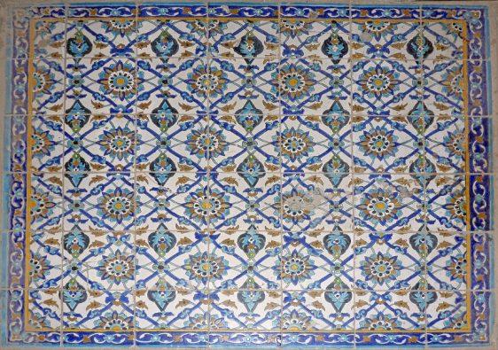 Hasht Behesht Palace - floor tiles