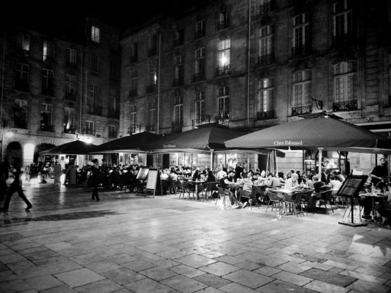 Night Life - Place du Parlement