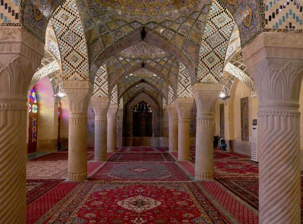 Naser-ol-Molk - wide angle view of the prayer room