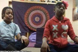 children-meditate-feat