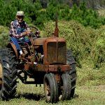 farmer-driving-traktor