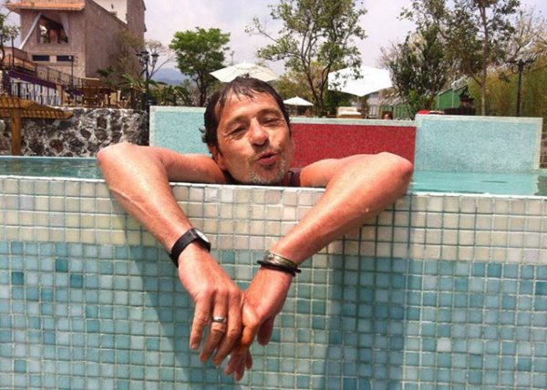 110-dharmesh-in-pool-cr-sandra-barba%e2%80%8e
