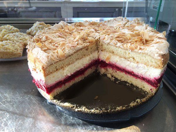 035-Baiser-Torte
